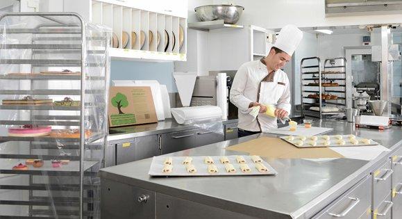 Ustensile pâtisserie professionnel pour traiteurs et pâtissiers